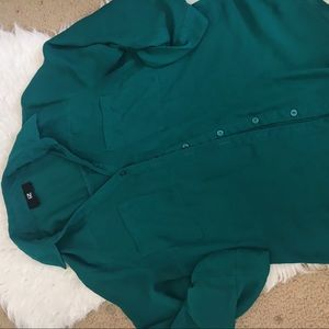 Iz Byer Green Loose Fit Button Up Women's Blouse